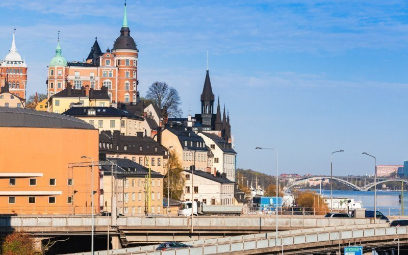 /assets/img/26031653-sodermalm-city-district-view-stockholm_.jpg