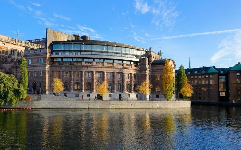 /assets/img/mostphotos/11161919-swedish-parlament-building.jpg