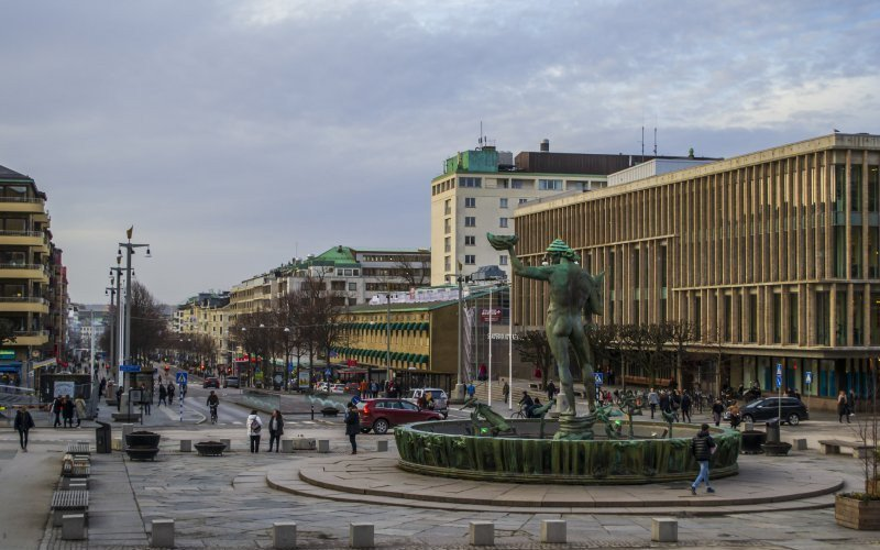 /assets/img/mostphotos/30831444-gotaplatsen-and-the-avenue-avenyn-in-gothenburg.jpg